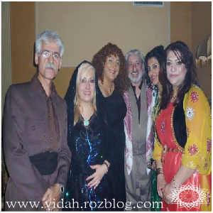 ناصر رزازی،ابی و لیلا فروهر با لباس کوردی(لباس کردی)در کنسرت اربیل